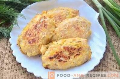 Chuletas de pollo con col en el horno