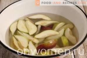 Compota de peras para el invierno