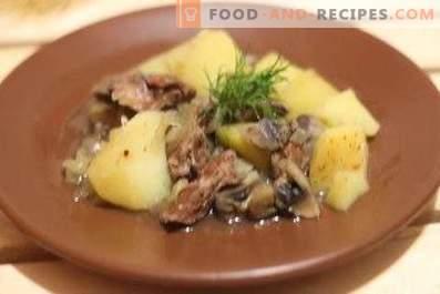 Hígado de pollo con papas y champiñones en una olla de cocción lenta