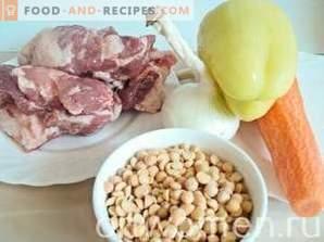 Erbsensuppe mit Fleisch