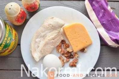 Ensalada Caprice para damas con pollo y piñas