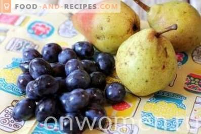 Compota de peras y ciruelas para el invierno
