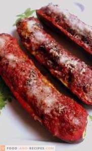 Calabacines Rellenos Con Salsa De Tomate