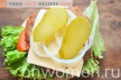 Hamburguesas de pollo y queso