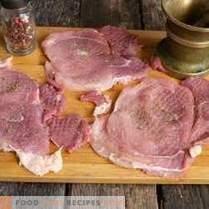 Schnitzel de carne de cerdo jugosa