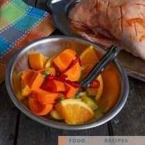 Pato jugoso con naranjas en francés